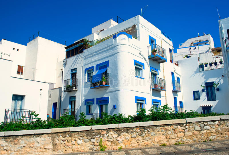 Download Living houses in Valencia stock image. Image of sunny - 21406897