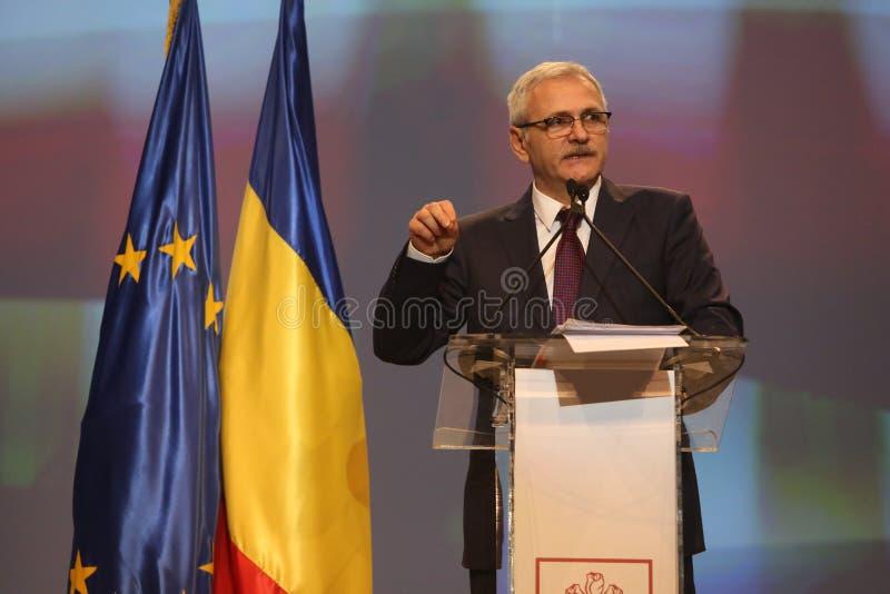 Liviu Dragnea en el congreso nacional extraordinario social del partido de Demócrata PSD imagenes de archivo