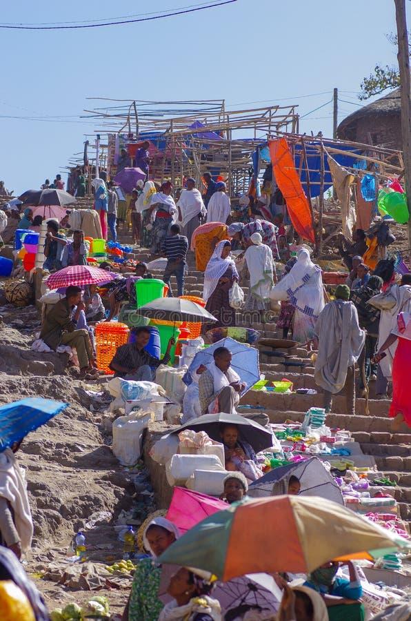 Livlig ethiopian marknad arkivfoto