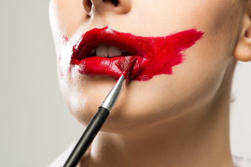 Livlig röd mun för närbild royaltyfria bilder