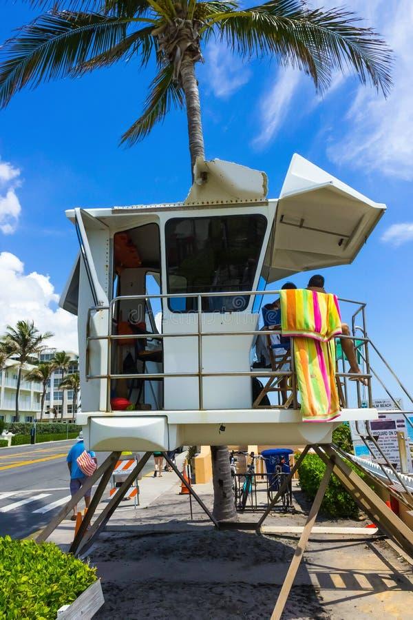 Livräddare Tower på Palm Beach, Florida på USA fotografering för bildbyråer
