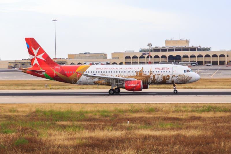 Livré för luftMalta flygbuss A320 Valletta arkivbild
