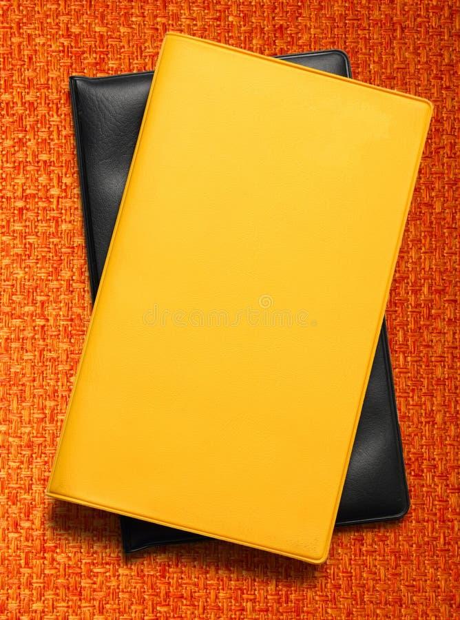 Livre blanc jaune photo libre de droits