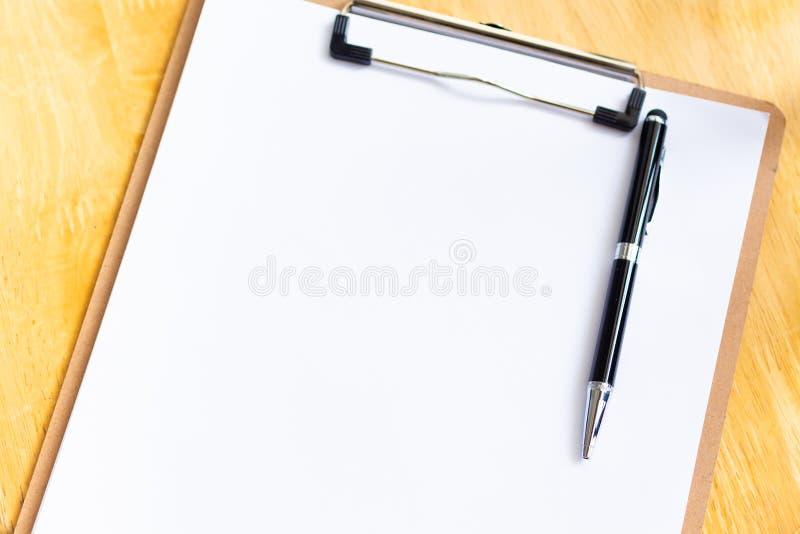 Livre blanc pour la note, le procédé de travail ou le progrès du travail Utilisation d'image pour le concept de fond d'affaires image libre de droits