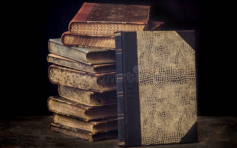 Livres antiques photographie stock libre de droits