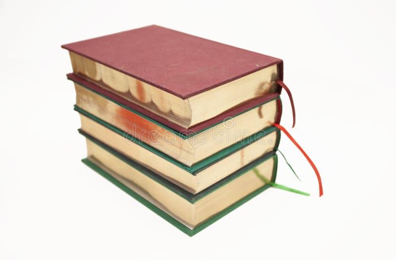 Livres antiques avec la coupe d'or photographie stock libre de droits
