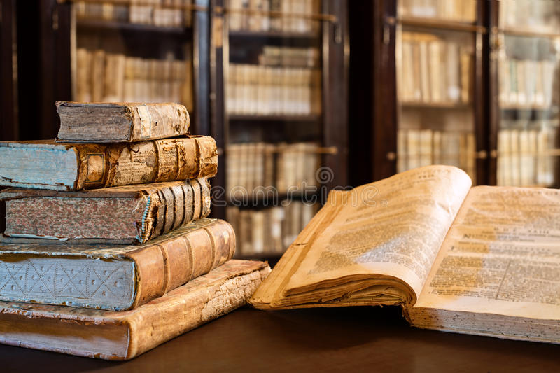 Livres d'ancients du XIVème siècle photos libres de droits