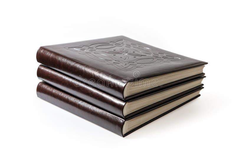 Livres d'isolement sur le fond blanc photographie stock libre de droits