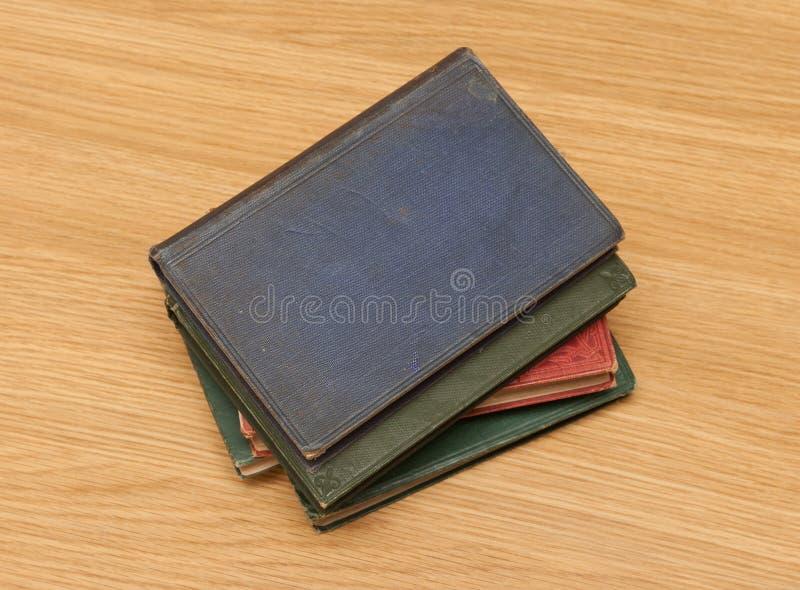 Livres très vieux image libre de droits
