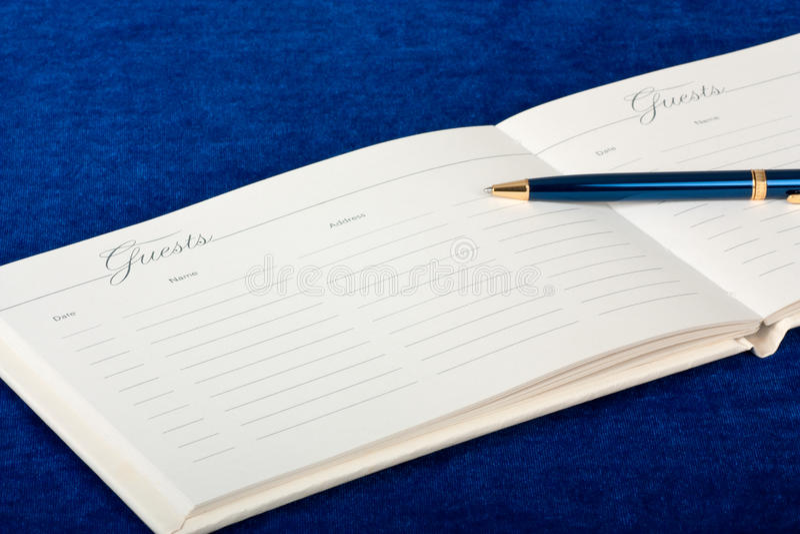 Livro de convidado do casamento imagem de stock