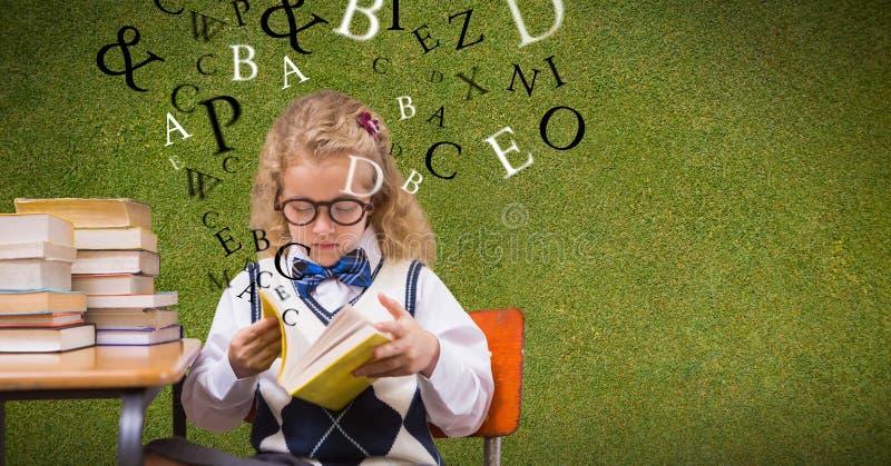 Livro de leitura do estudante fêmea quando letras que voam no fundo ilustração stock