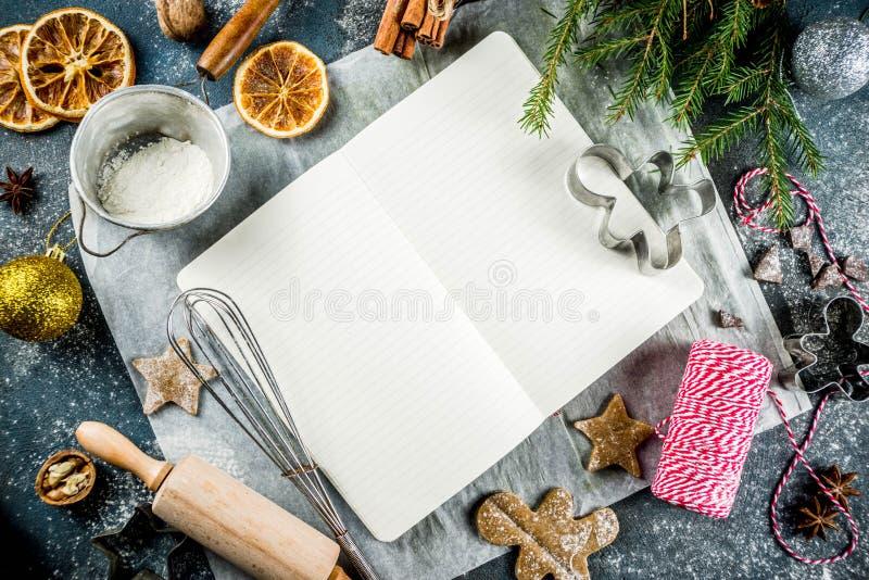 Livro de receitas vazio para receitas do Natal fotografia de stock royalty free