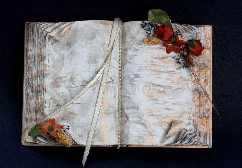 Livro decorativo imagens de stock royalty free