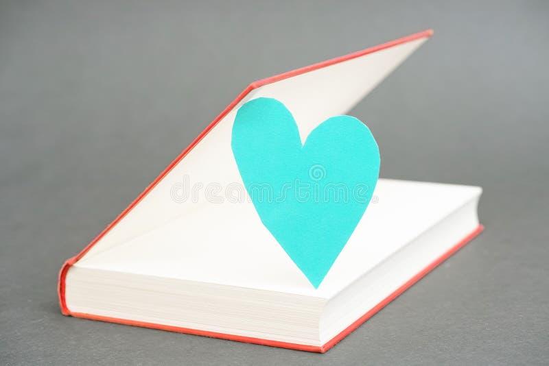 Livro do amor foto de stock royalty free