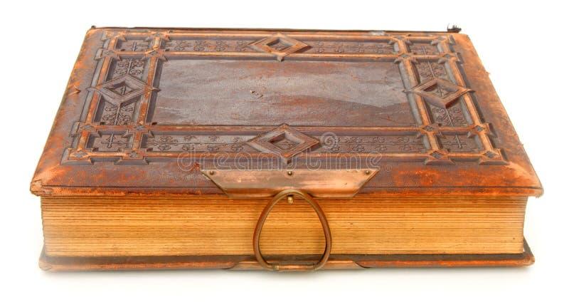 Livro encadernado de couro velho fotos de stock royalty free