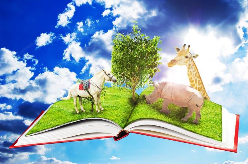 Livro mágico do jardim zoológico ilustração stock