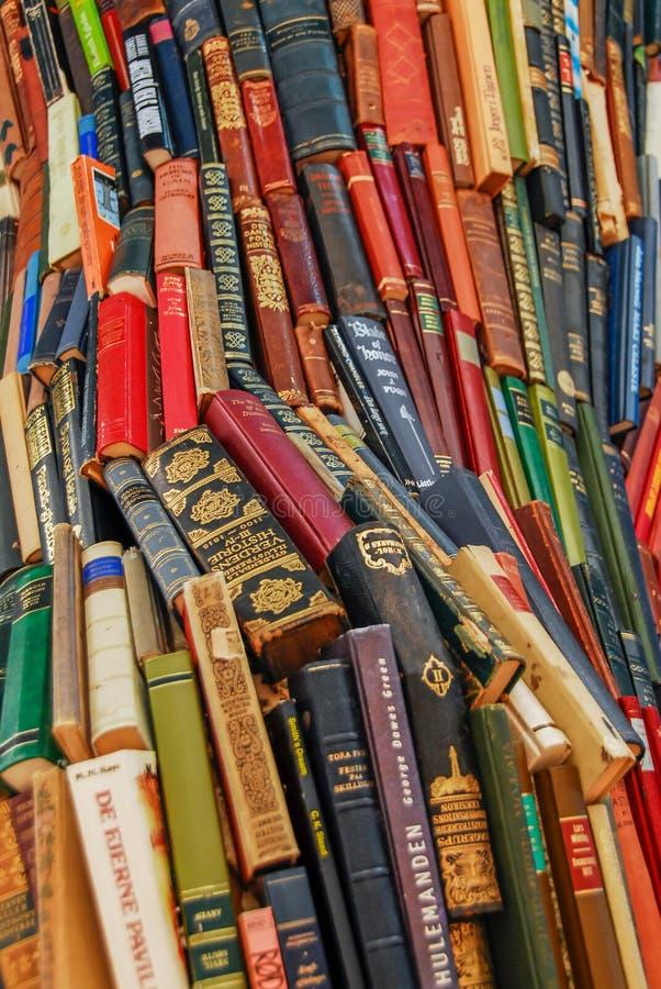 Livro pilha colorida grande foto de stock royalty free