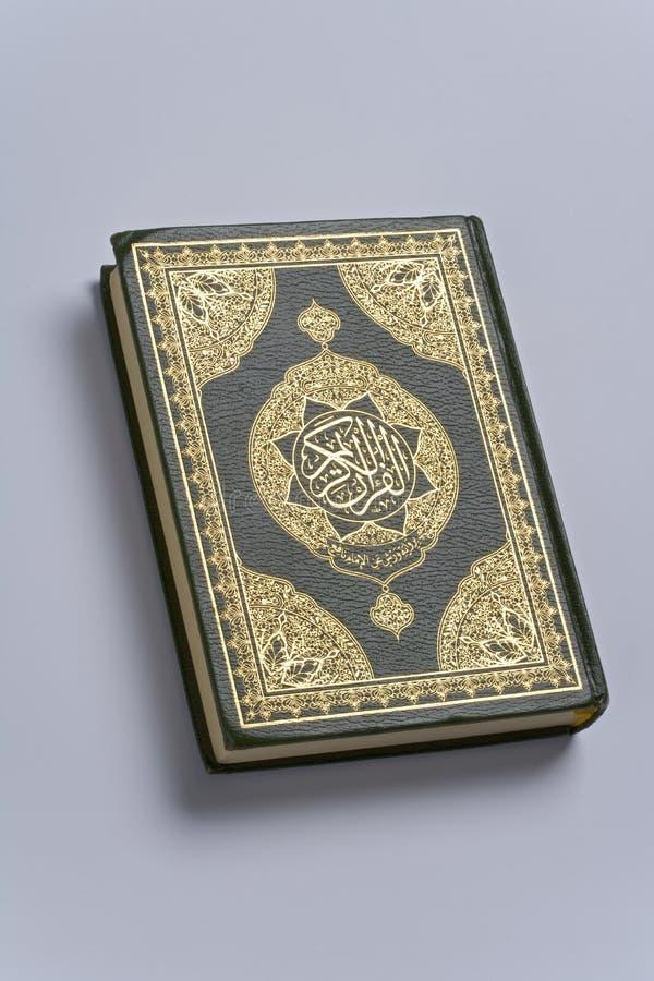 Livro santamente do koran imagem de stock royalty free