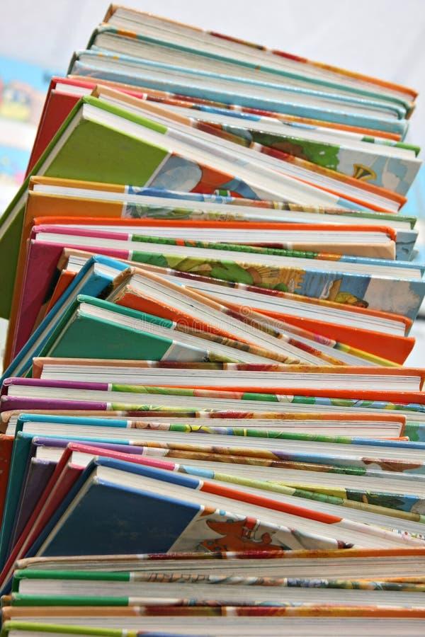 Livros de escola das crianças fotografia de stock