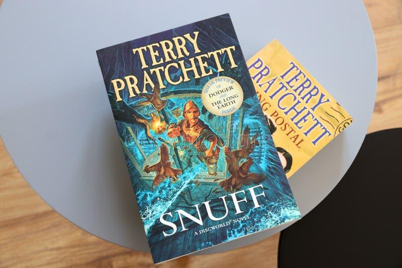 Livros discworld imagens de stock