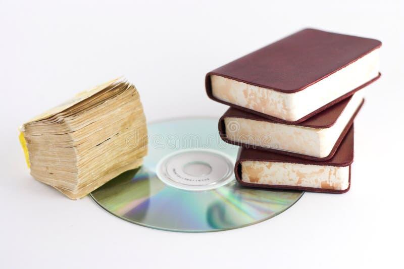 Livros e CD imagens de stock royalty free