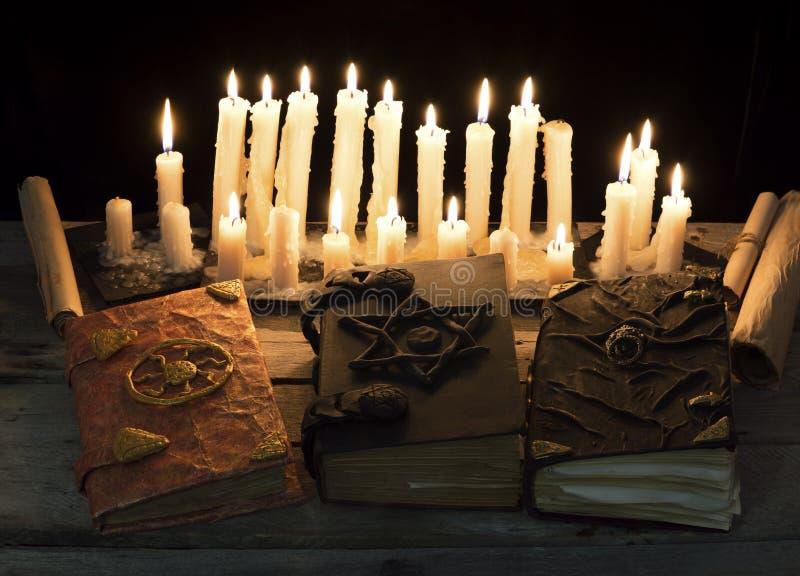 Livros mágicos fotografia de stock