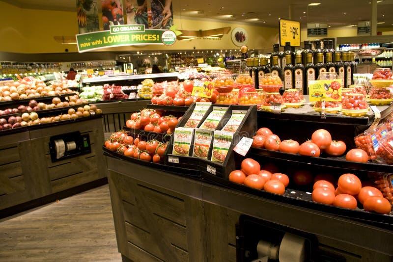 Livsmedelsbutik med sunda grönsaker royaltyfri foto