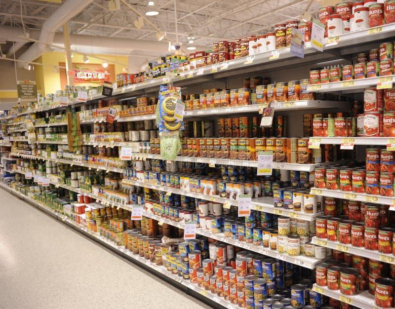 livsmedelsbutikgrönsaker på burk fotografering för bildbyråer