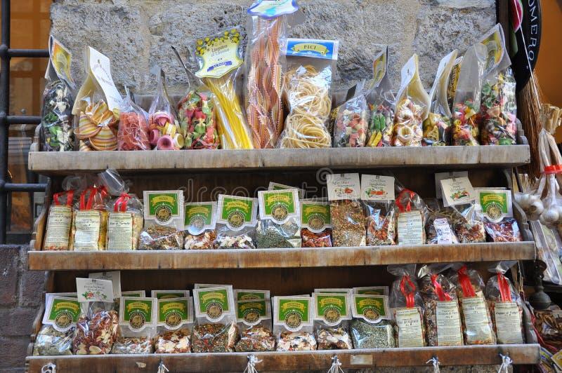 livsmedelsbutikitaly lager arkivbild