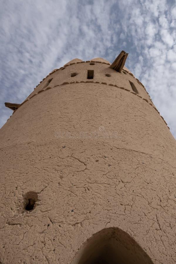 Liwa Fort no deserto de Liwa, Emirados Árabes Unidos fotos de stock royalty free