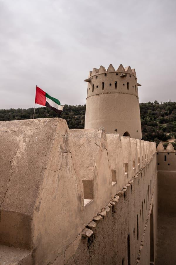 Liwa Fort no deserto de Liwa, Emirados Árabes Unidos foto de stock royalty free