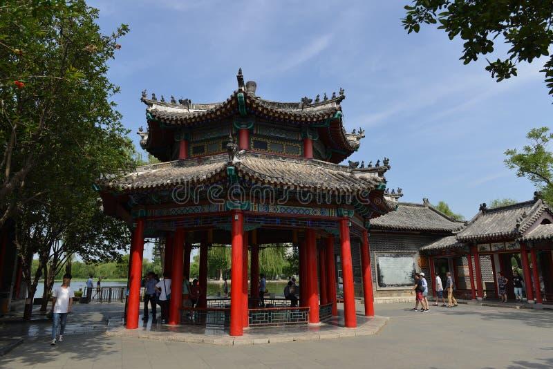 Lixia pawilon w Daming jeziorze w Jinan obrazy stock