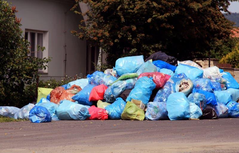 Lixo da cidade foto de stock