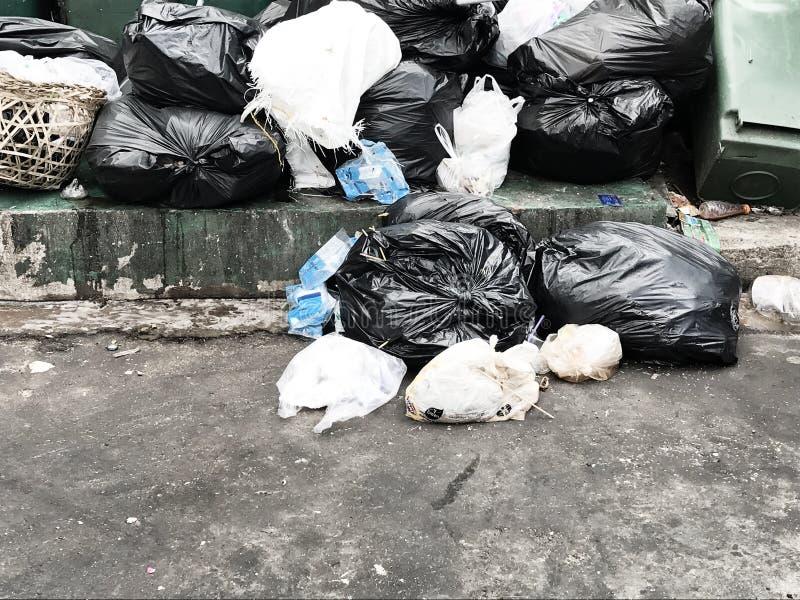 Lixo e reciclagens fotografia de stock