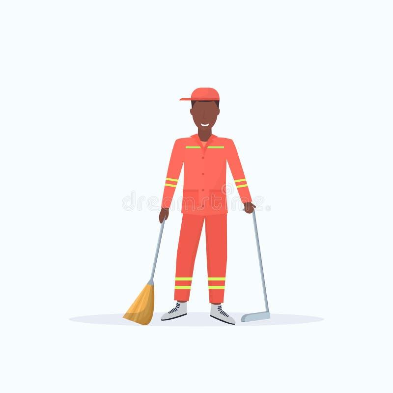 Lixo varrendo masculino do homem da vassoura da terra arrendada do líquido de limpeza de rua e do afro-americano do pá-de-lixo no ilustração royalty free