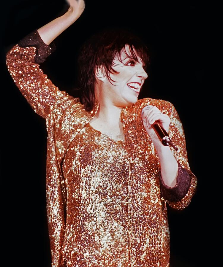 Liza Minnelli Performs at a Chicago Concert. Actress, singer, and dancer Liza Minnelli performs at he Loop Alive concert series at the Chicago Theatre in Chicago royalty free stock photos
