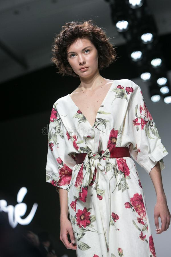 Ljubljana, Eslov?nia/Eslov?nia - 1? DE ABRIL DE 2019: A semana de moda LJFW imagens de stock