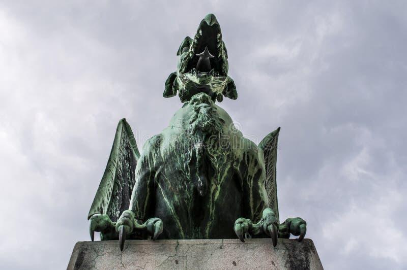 Ljubljana, Eslovenia, Europa, estatua del dragón, Dragon Bridge, Zmajski más, animales legendarios fotografía de archivo libre de regalías