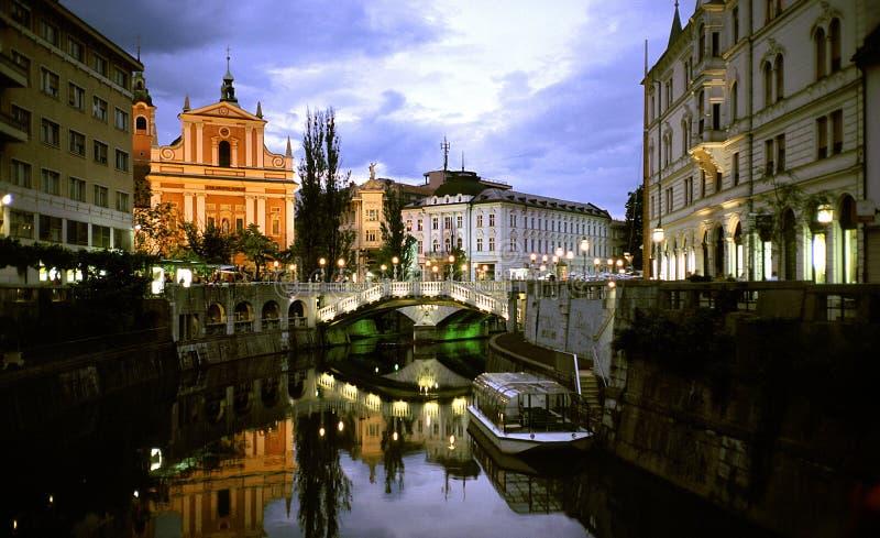 Ljubljana par nuit images libres de droits