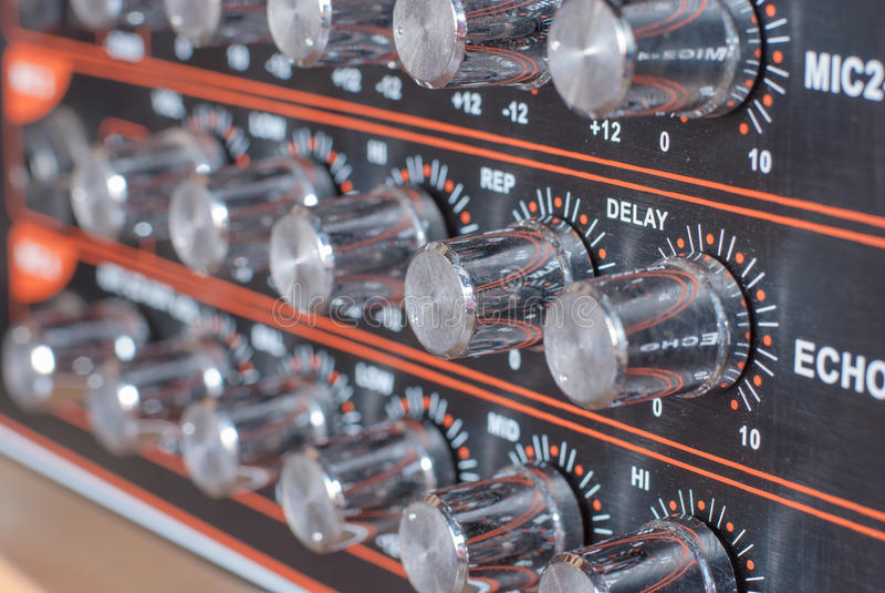 ljud för blandare för ljudsignalknappar arkivfoto