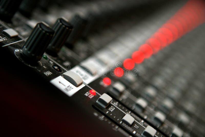 ljudsignal blandare arkivfoton