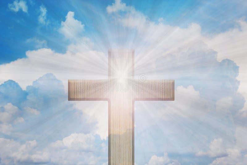 Ljus av guden, ljus och kors, ljus från himmel eller himmelsken royaltyfria bilder