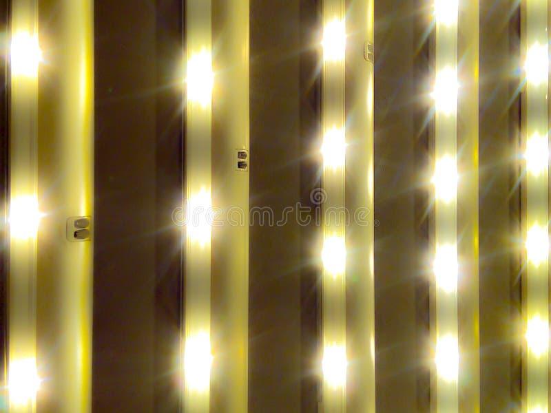 Ljus av ledde lampor som är användbara för alla sorter av affären arkivbild