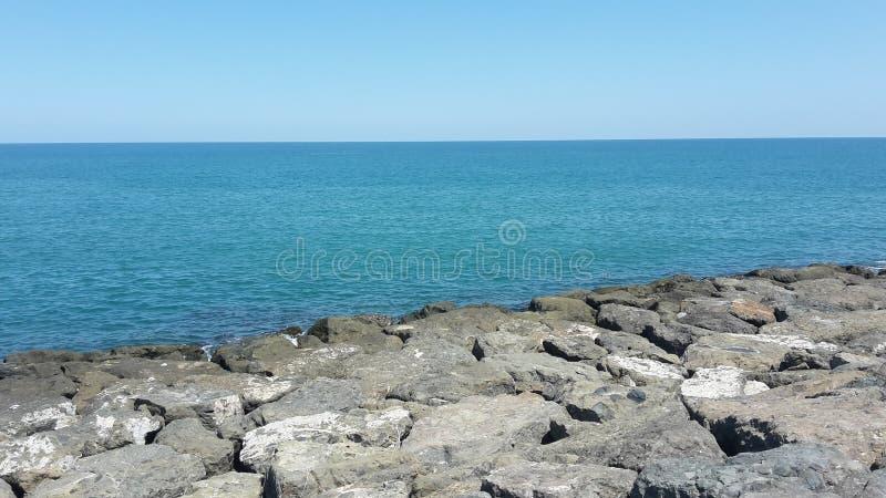 Ljus - blått hav royaltyfri foto