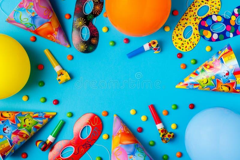 Ljus dekor för en födelsedag, ett parti, en festival eller en karneval royaltyfria foton
