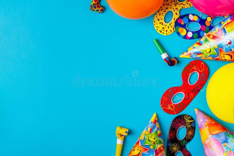 Ljus dekor för en födelsedag, ett parti, en festival eller en karneval royaltyfri bild