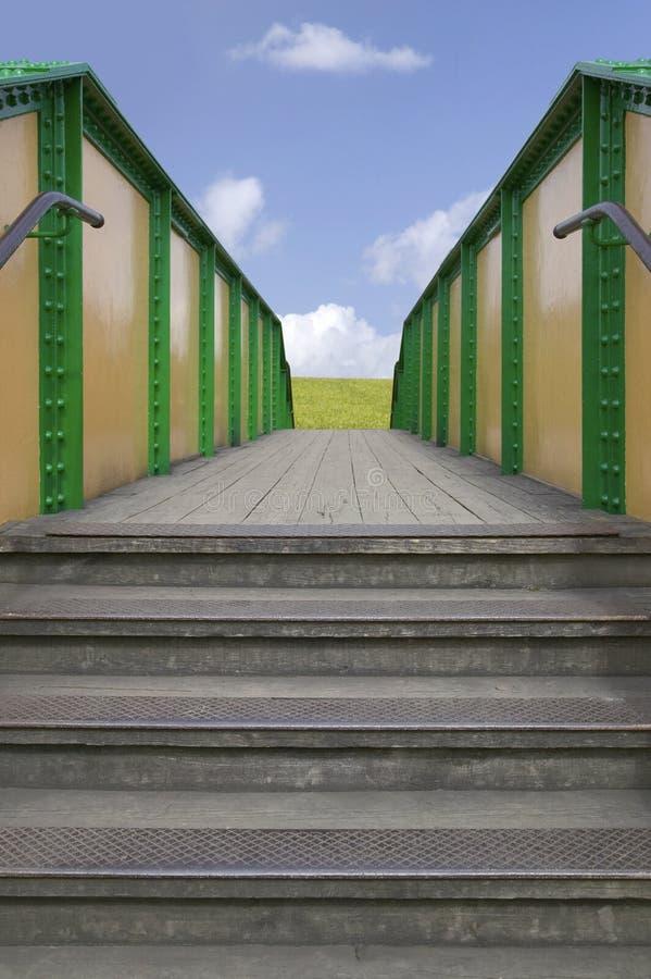 ljus framtid för bro till royaltyfri fotografi