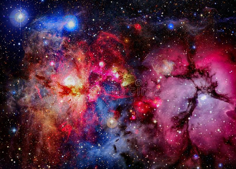 Ljus galax i djupt utrymme royaltyfria foton