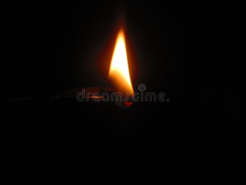 Ljus i ett mörker arkivfoton