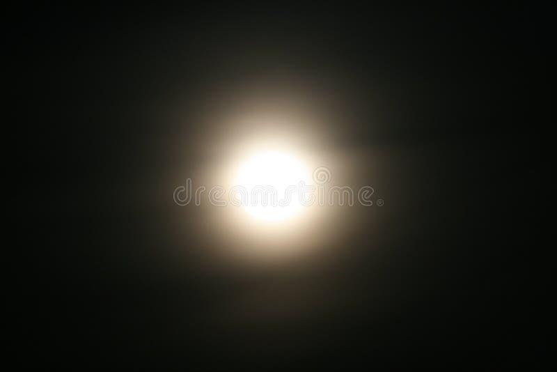 Ljus måne royaltyfria foton